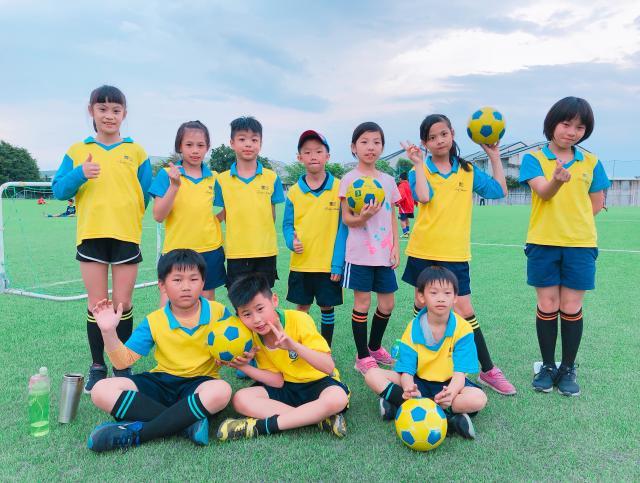 http://www.fsnps.hlc.edu.tw/uploads/tadgallery/2019_07_01/175_樂樂足球賽.JPG